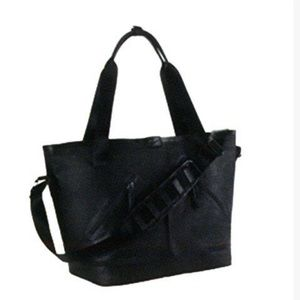 🌟Nike FormFlux Carry All Tote Travel Gym Bag